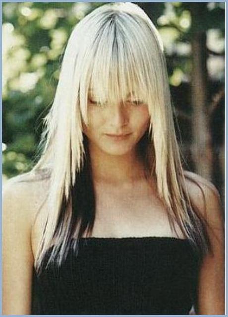 Blonde haare schwarz färben