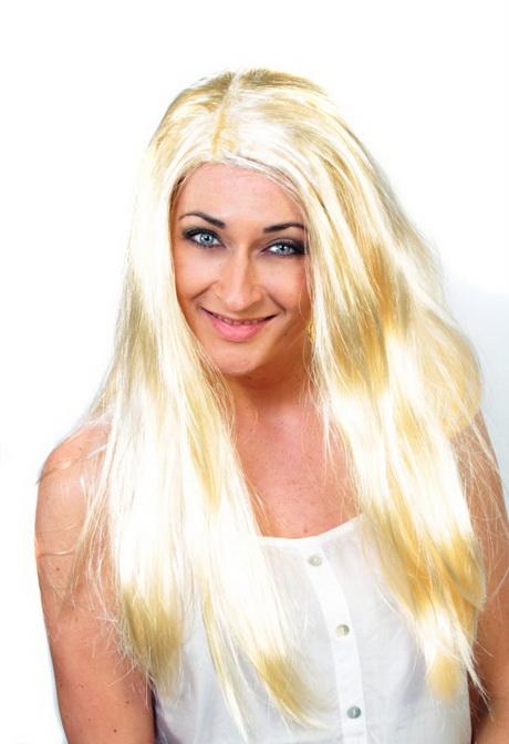 Strohblonde Haare