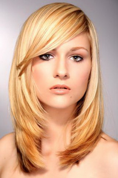 Frisur frau lange haare